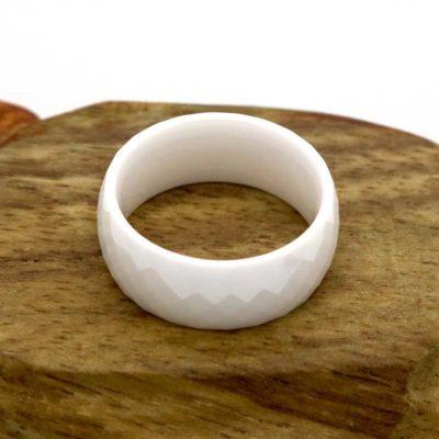 Керамична релефна халка